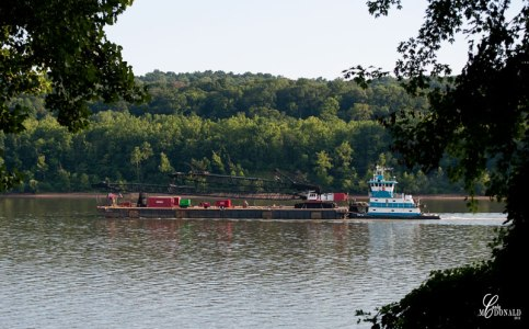 Barge-on-Ohio-River-web-ready