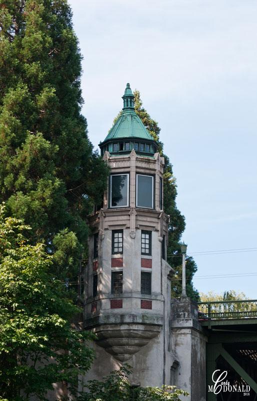 Montlake-bridge-tower