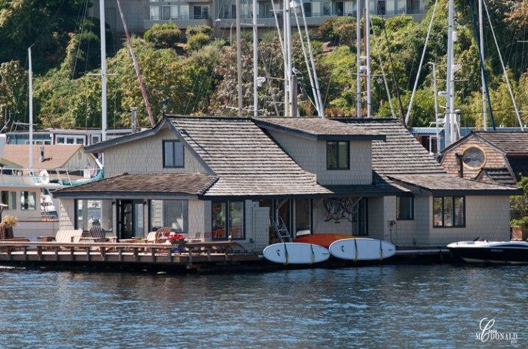 Sleepless-in-Seattle-houseboat