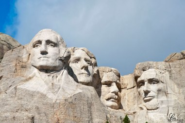 mt-rushmore-close-up