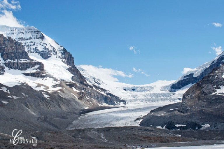 Columbia Icefields Athabasca glacier